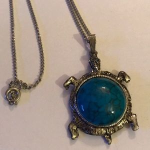 Vintage turquoise turtle necklace